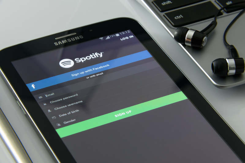 Spotify presenta Stations