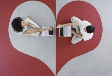 Amores virtuales, cibersexo e infidel idades por Internet – masqueredes